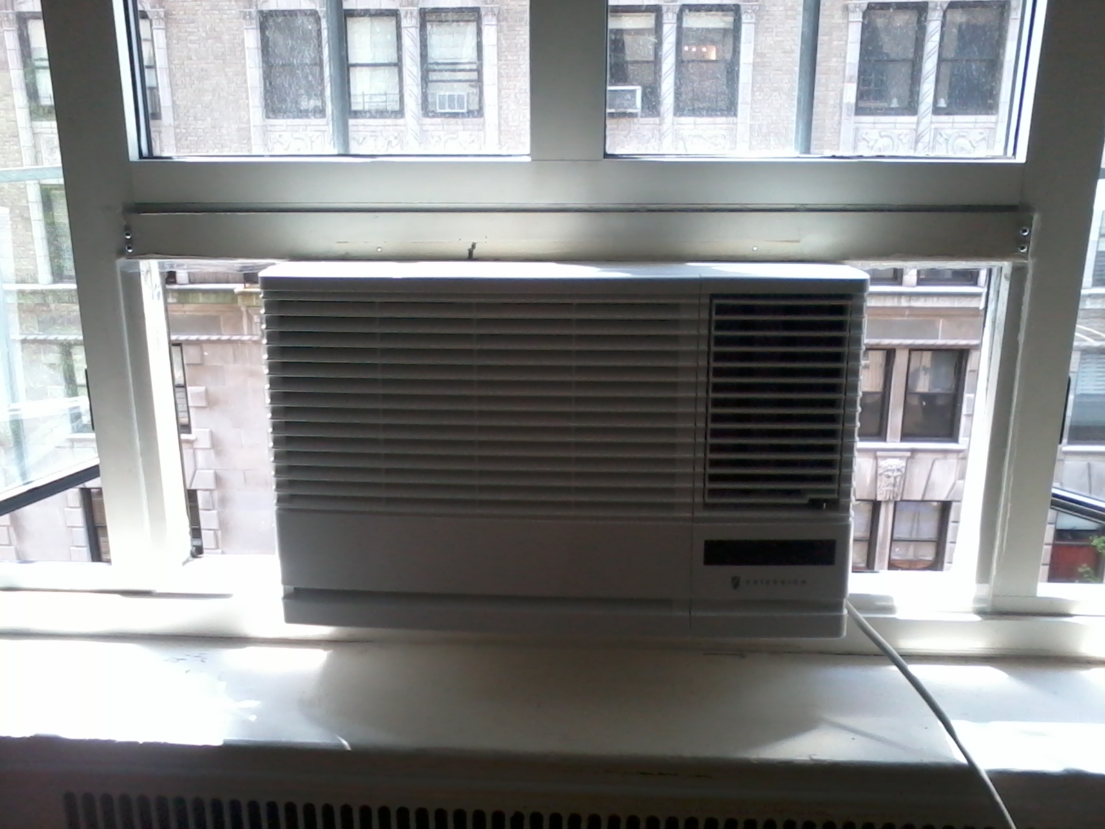 Window AC with plexiglass #586373